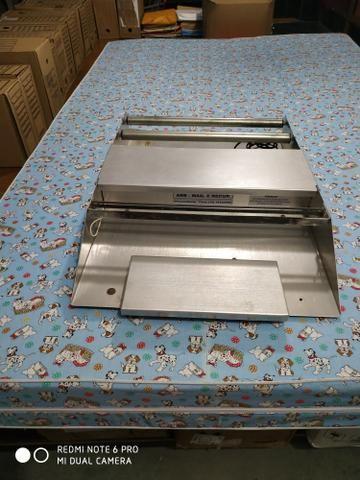 Embaladora 40 cm Embalafil Standard Inox R.Baião - chave seletora - Foto 3