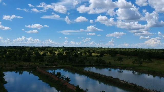 Fazenda em Livramento com piscina, muito pasto, represas e lago - Foto 2