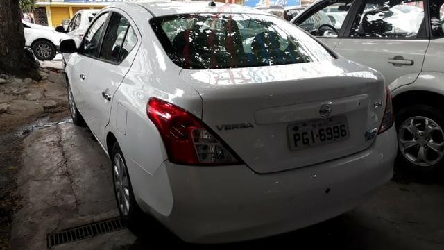 Nissan versa 2013 - Foto 6