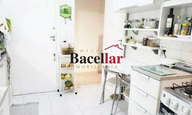 Apartamento à venda com 2 dormitórios em Copacabana, Rio de janeiro cod:TIAP23202 - Foto 11