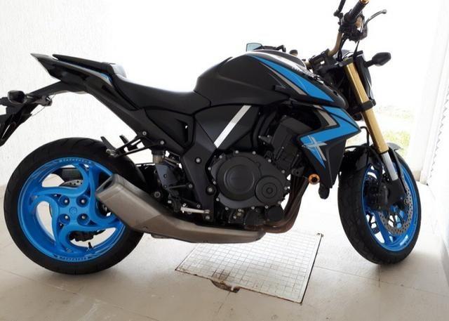 Honda CBR1000 - Foto 4