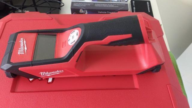 Detector A Bateria Sub Scanner 12v Milwaukee 2291-159 -220 V - Foto 2