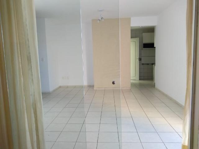 Vendo linda casa 3/4 sendo 1 suite com garagem para 3 carros proximo a maria lacerda,