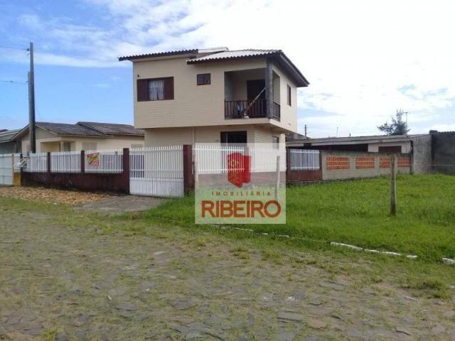 Linda Residência de 02 andares em Balneário Arroio do Silva.