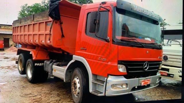Caminhão MERCEDES BENZ 2425 BASCULANTE 10 metros - Foto 2
