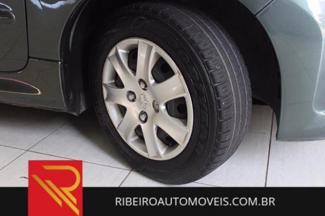 Peugeot 207 Sedan XR Sport 1.4 8V (flex) ALCOOL - Foto 5