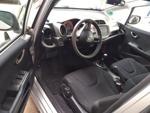 Honda fit 2011 DX 1.4 flex Mec 2 dono 92 mil km muito novo - Foto 5