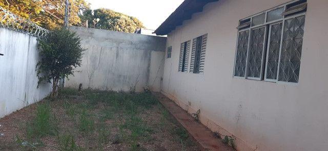 2 casas no mesmo lote, só aluga juntas, Fundo da Garagem de Onibus - Foto 10
