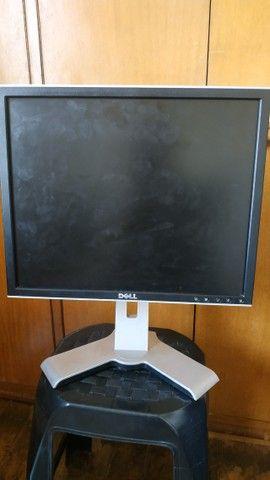 Monitor Dell 19 - com regulagem de altura - Foto 3