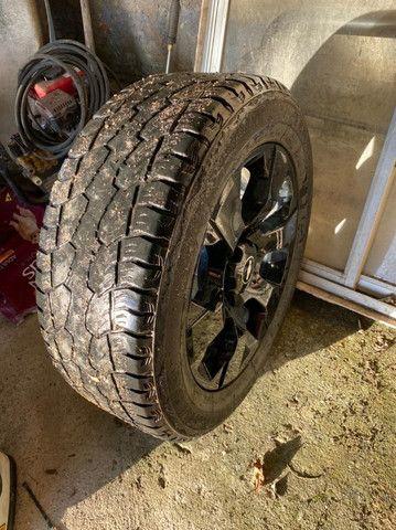 Rodas aro 20 com pneus - Foto 2
