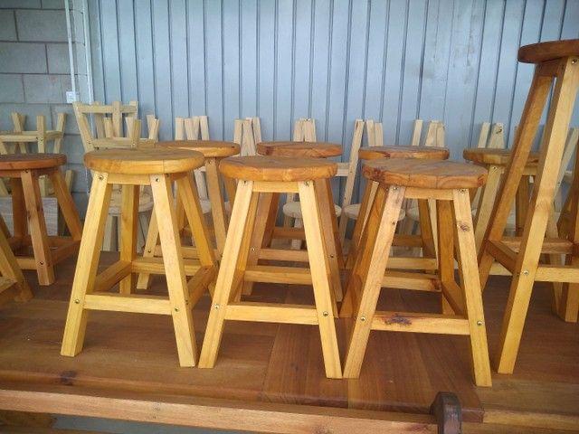 Banquetas sem encosto  em madeira  - Foto 2