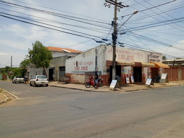 Imóvel comercial no Park São João Várzea Grande.