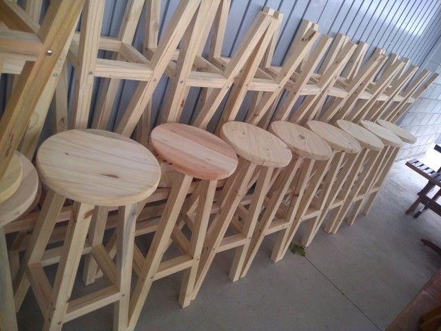Banquetas sem encosto  em madeira  - Foto 5
