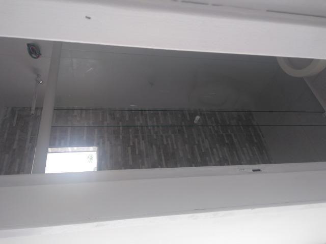 Aluga se apartamento kitnet na região do pinheirinho próximo ao terminal - Foto 8