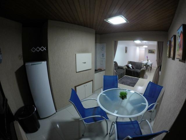 Lindo apartamento colado no mar de Meia Praia, 3 quartos - Foto 18