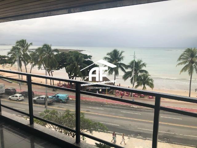 Apartamento com Vista para o mar - 300m² - 3 quartos todos suítes - Ótima localização - Foto 7