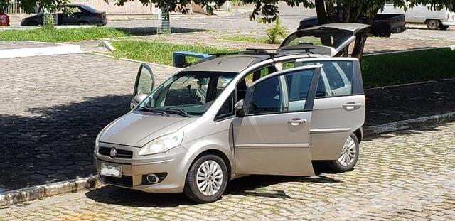 Fiat Idea Essence 1.6 - 16V Flex Manual