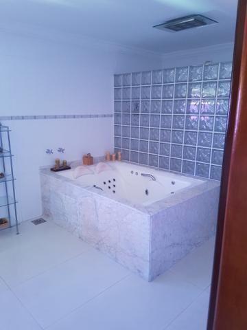 Troco casa com piscina - Foto 3