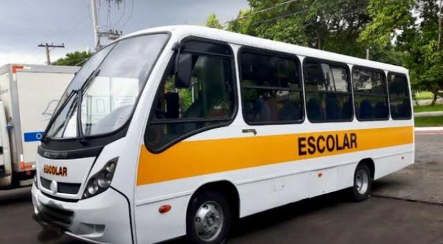 Micro ônibus Neobus Escolar 35 lugares 2013