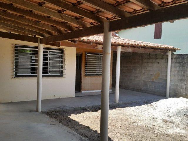 Vendo uma casa em Linhares . Entrada de 15 Mil +Parcelas a partir de 600 ao mes  - Foto 4