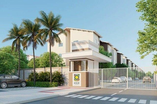 P/M:  O que você procura Casa, Apartamento? Perto da praia ou em outros bairros?