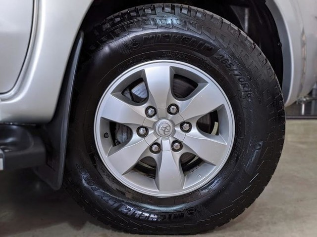 Toyota HILUX CD4X4 SRV - Foto 11