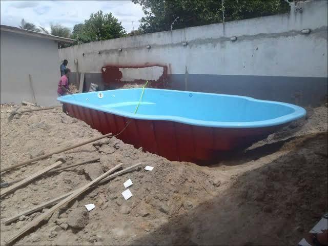 Instalamos piscina e Montamos Deck