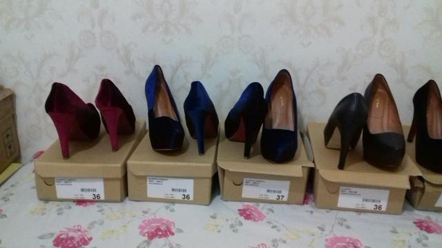 Sapatos alto