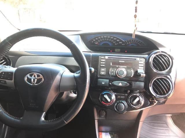Toyota Etios XLS 2014 1.5 - Foto 4
