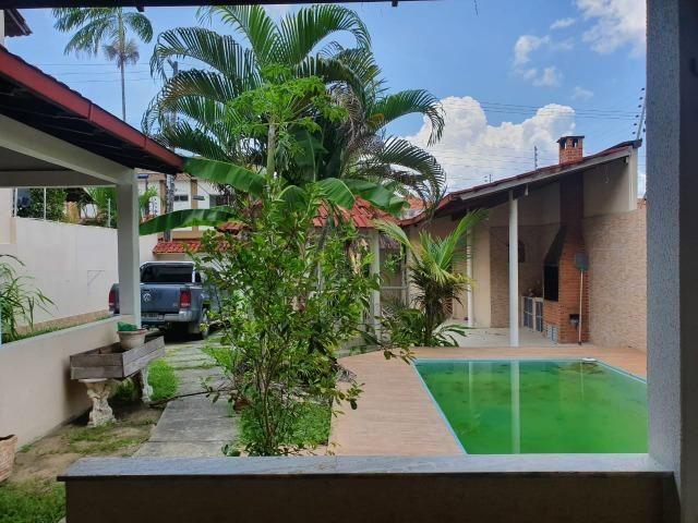 Casa semimobiliada - Pq 10 de Novembro - Foto 2