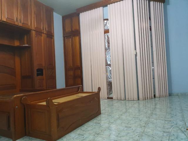 Casa semimobiliada - Pq 10 de Novembro - Foto 16