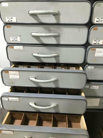 Armario com gavetas - Foto 4