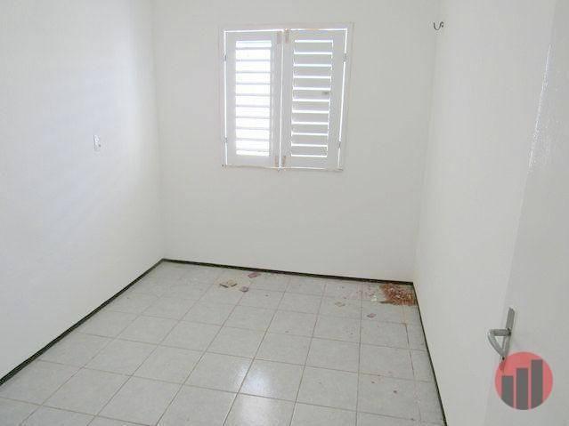 Casa para alugar, 70 m² por R$ 670,00 - Castelão - Fortaleza/CE - Foto 8