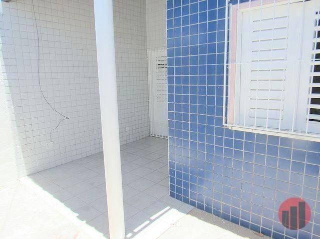 Casa para alugar, 70 m² por R$ 670,00 - Castelão - Fortaleza/CE - Foto 3