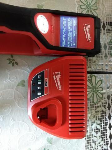Detector A Bateria Sub Scanner 12v Milwaukee 2291-159 -220 V - Foto 6
