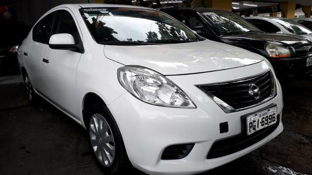Nissan versa 2013 - Foto 2