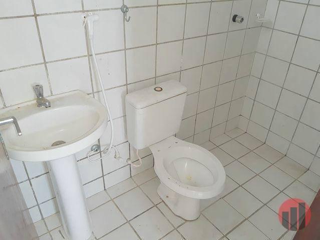 Casa para alugar, 80 m² por R$ 950,00 - Messejana - Fortaleza/CE - Foto 11