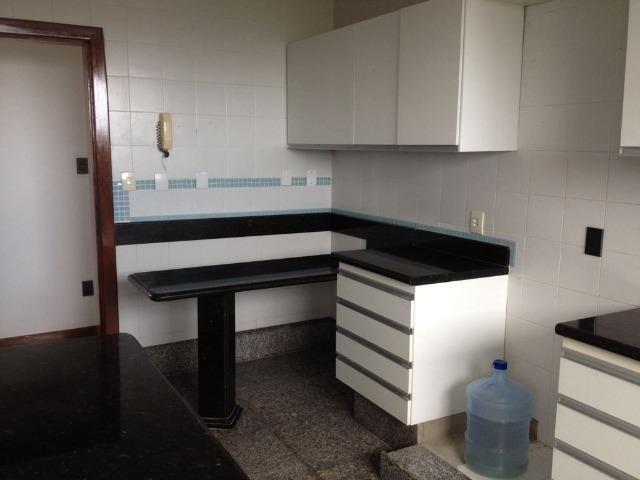Excelente apartamento amplo com 4 quartos. Financia - Foto 18