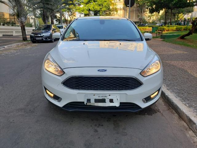 Focus Sedã Fastback SE Plus AT 2016 - Foto 2