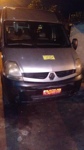 Vendo uma Renault master 2011, com uma vaga na cooperativa da suburbana