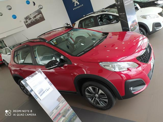 Peugeot 2008 Allure Pack 2021 - Foto 2