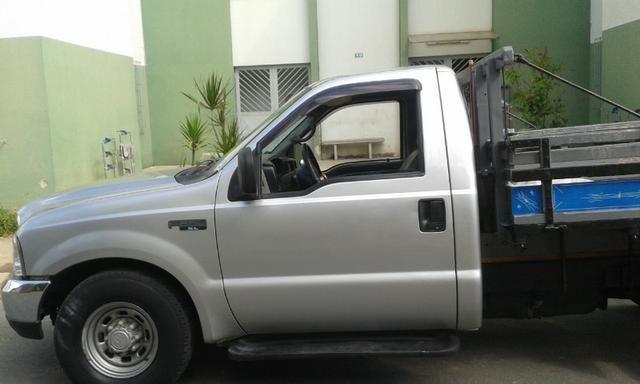 F250 99 diesel vendo ou troco em carro - Foto 4