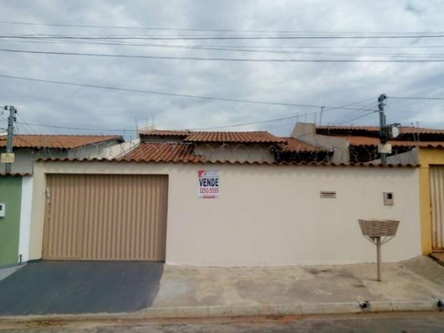Casa à venda com 3 dormitórios em Jardim buriti sereno, Aparecida de goiânia cod:CR2939