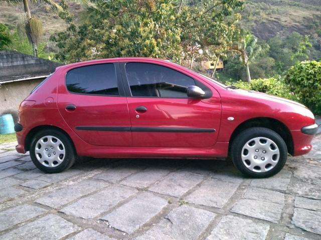 Peugeot 206 ano 2007 1.4 flex com manual nota fiscal de fábrica e chave reserva - Foto 5