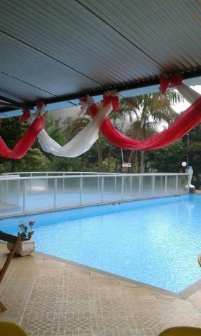Chácara com triplex, área para festas com 3 piscinas e vagas p/ mais de 40 automóveis!! - Foto 11