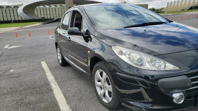 Peugeot 307 Sedan Presence Pack 2008 1.6 16v