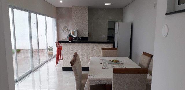 Casa 3 quartos 4 garagens condomínio fechado B. S. Maria Uberaba - Foto 3