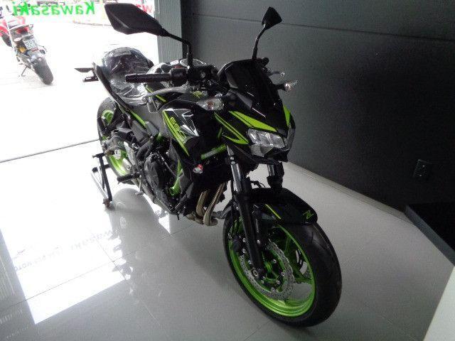 Kawasaki Z 650 ABS Preta 2021 - Foto 2