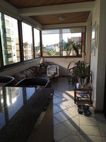 Apartamento de 3 dormitórios, 5 banheiros, 2 vagas de garagem, localizado no Bairro Nossa  - Foto 17