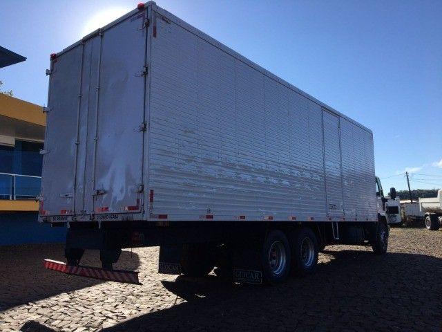 Ford Cargo 2422 6x2 - Foto 7